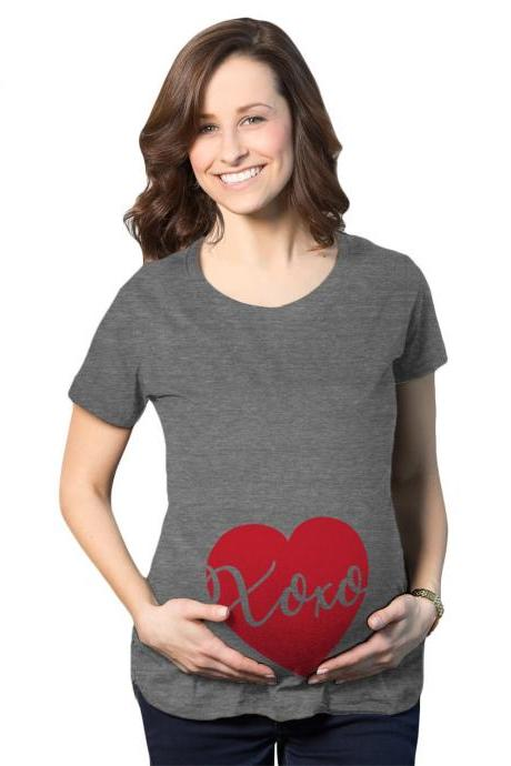 XOXO Heart Baby Maternity Shirt, Love Plus Size Valentines Day Pregnancy Tee, Baby Heart Pregnant Shirt, Large Mom To Be Heart Baby Bump